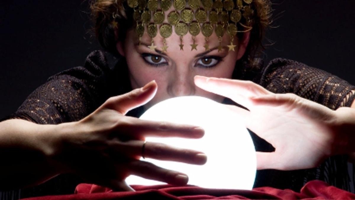 А вы верите в предсказания? 65% тамбовчан уверены, что узнать свое будущее реально