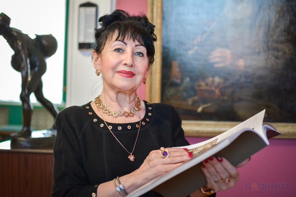 «В картинную галерею я пришла по комсомольской путевке. Это случай» - женщина, которая знает об искусстве всё - Тамара Шестакова