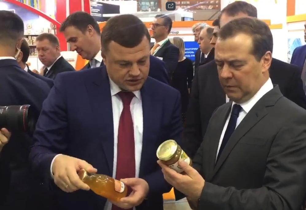 Губернатор пригласил Дмитрия Медведева в Мичуринск, премьер согласился