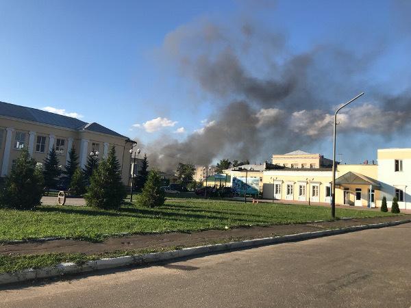 Пожар на «Пигменте» тушили 25 пожарных