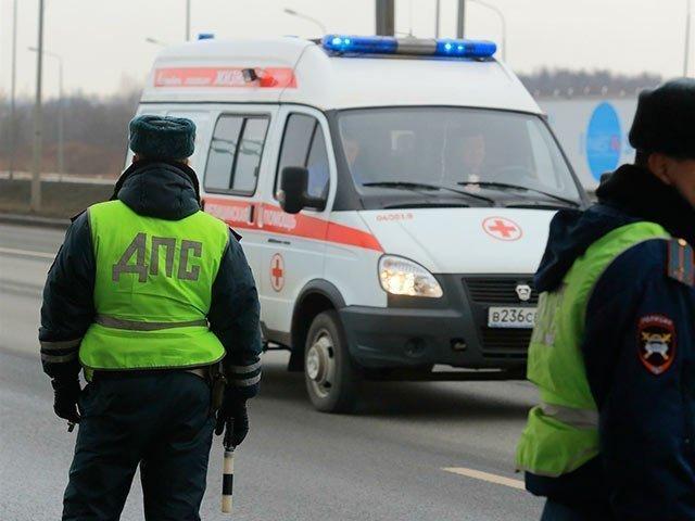 Серьезная  авария в Кочетовке стала причиной множественных травм у водителя автомобиля и его пассажирки