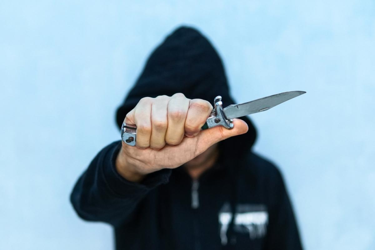 Избить, пырнуть ножом одноклассника и сбежать. О, времена, о, нравы! Эксперты о корнях подростковой жестокости